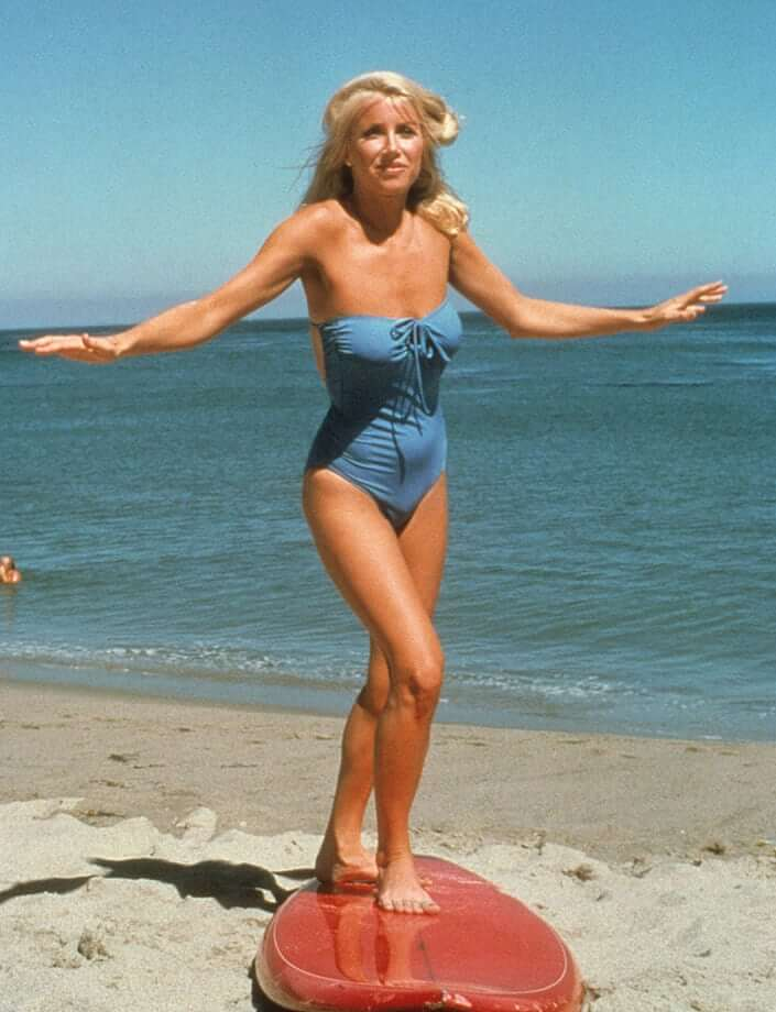 Suzanne Somers big boobs pics