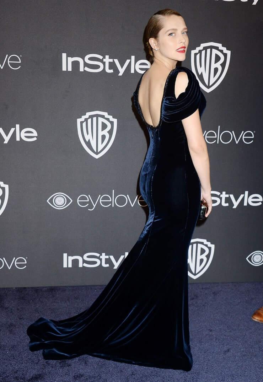 Teresa Palmer sexy back pics