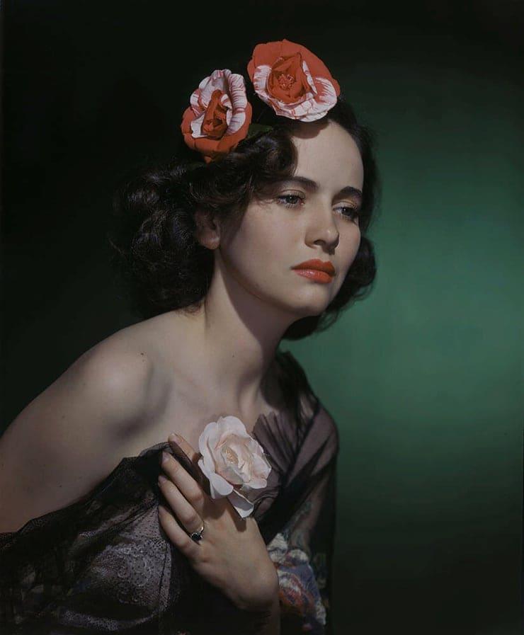 Teresa Wright tits pics