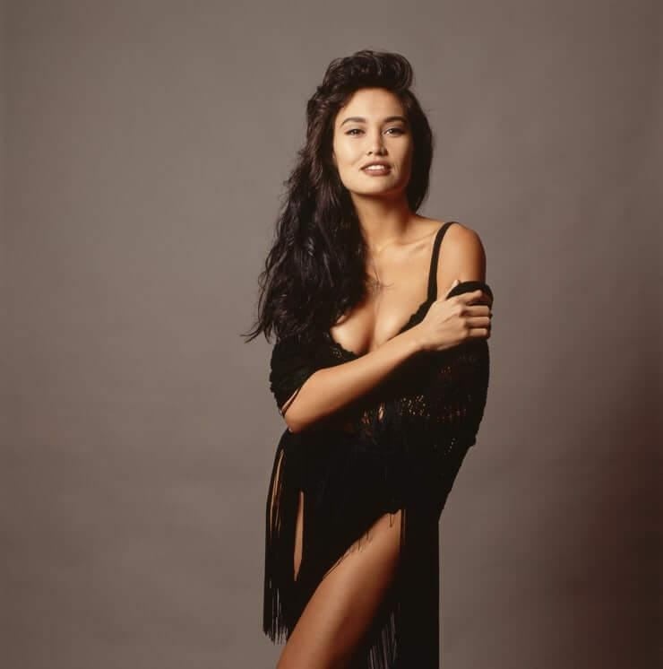 Tia Carrere sexy pictures