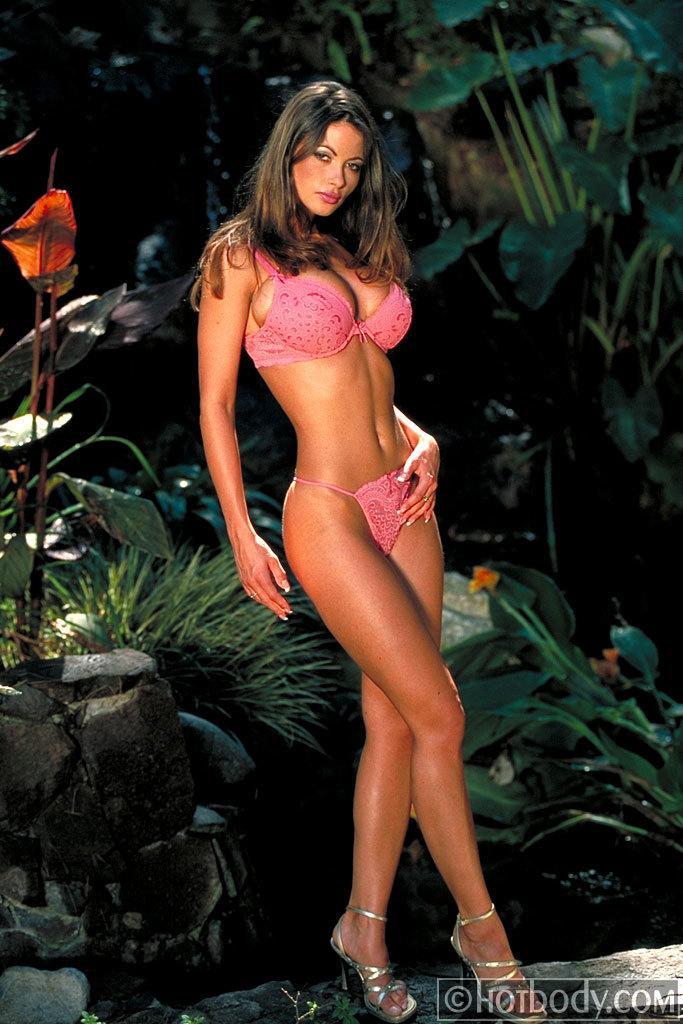 Veronika Zemanová sexy bikini pics