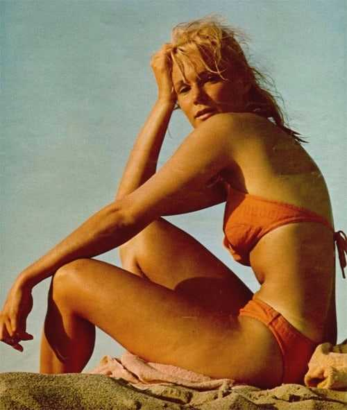 Yvette Mimieux sexy look pics