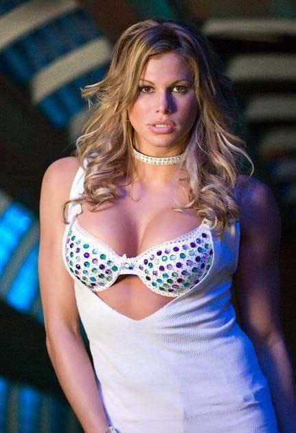 jackie gayda sexy cleavage