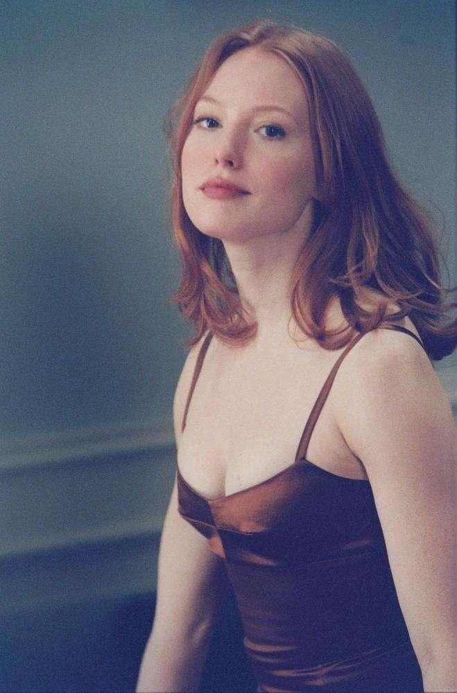 Alicia Witt sexy