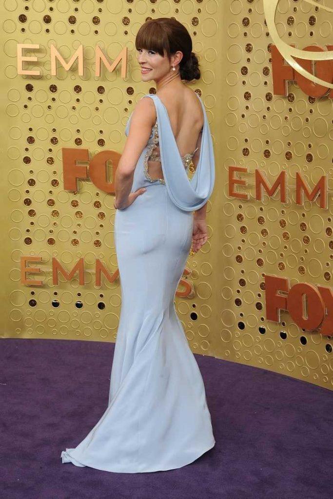 Emmanuelle Vaugier hot booty