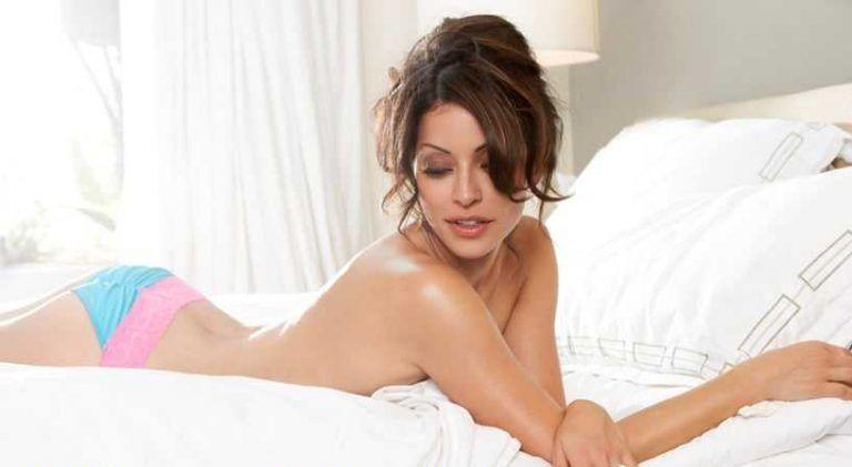Emmanuelle Vaugier sexy ass pics