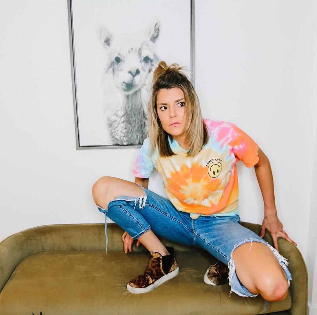 Grace Helbig sexy pics