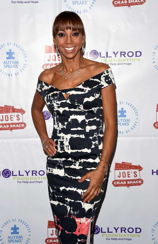 Holly Robinson Peete hot pictures