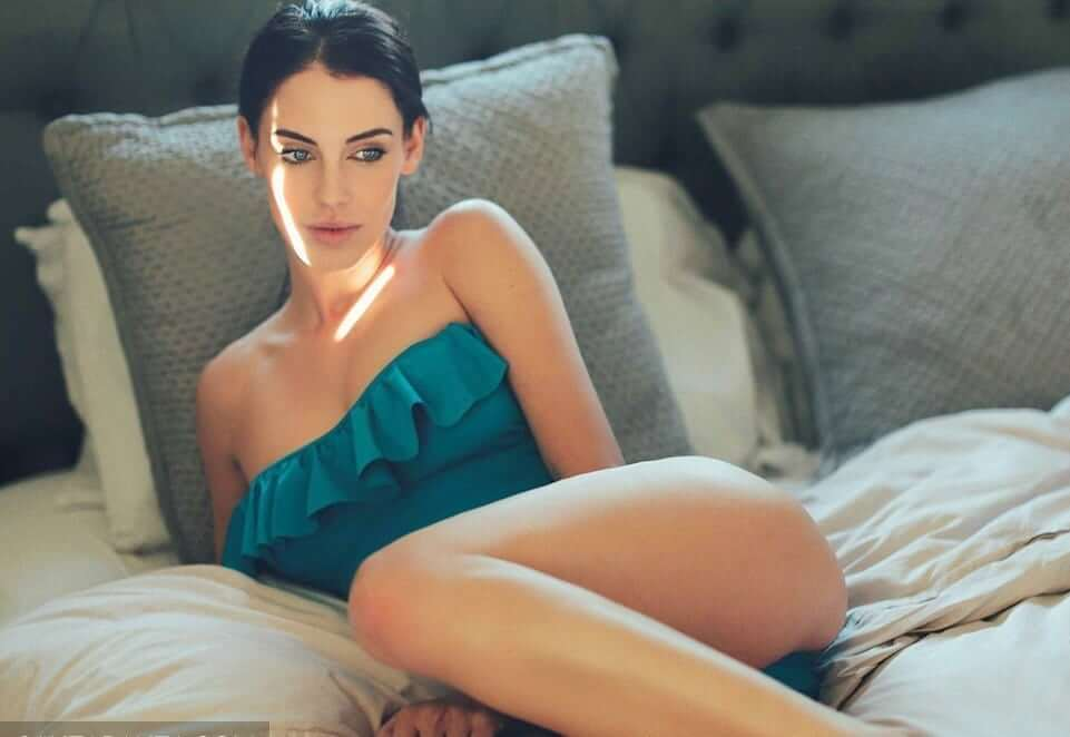 Jessica Lowndes hot look