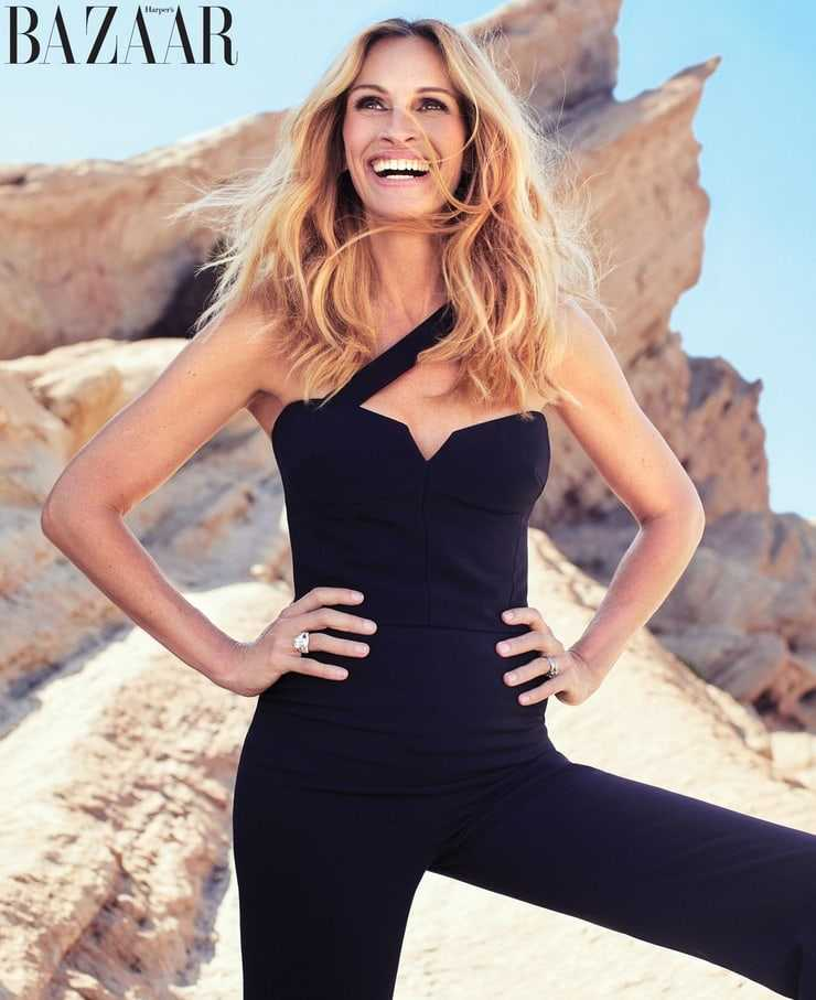 Julia Roberts hot pictures