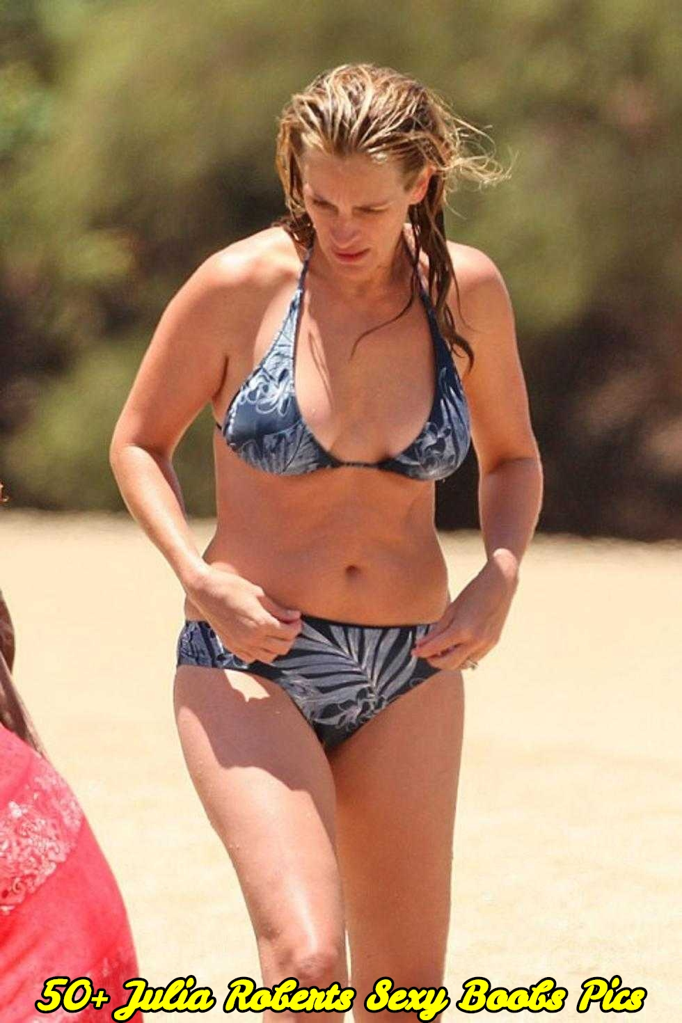 Julia Roberts sexy boobs pics