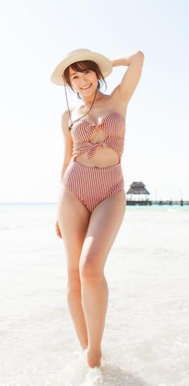 Karen Fukuhara bikini pictures