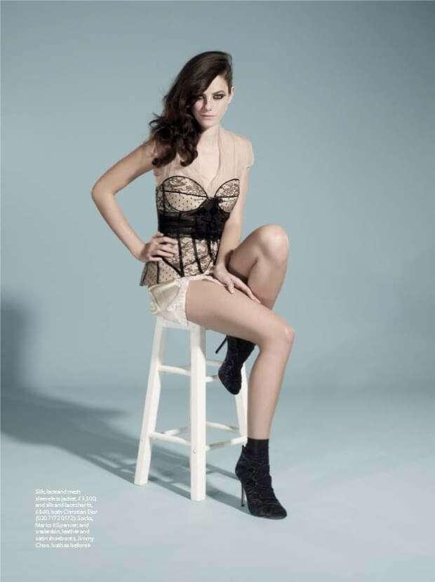 Kaya Scodelario hot looks pics