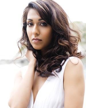 Rekha Sharma sexy side boobs pics