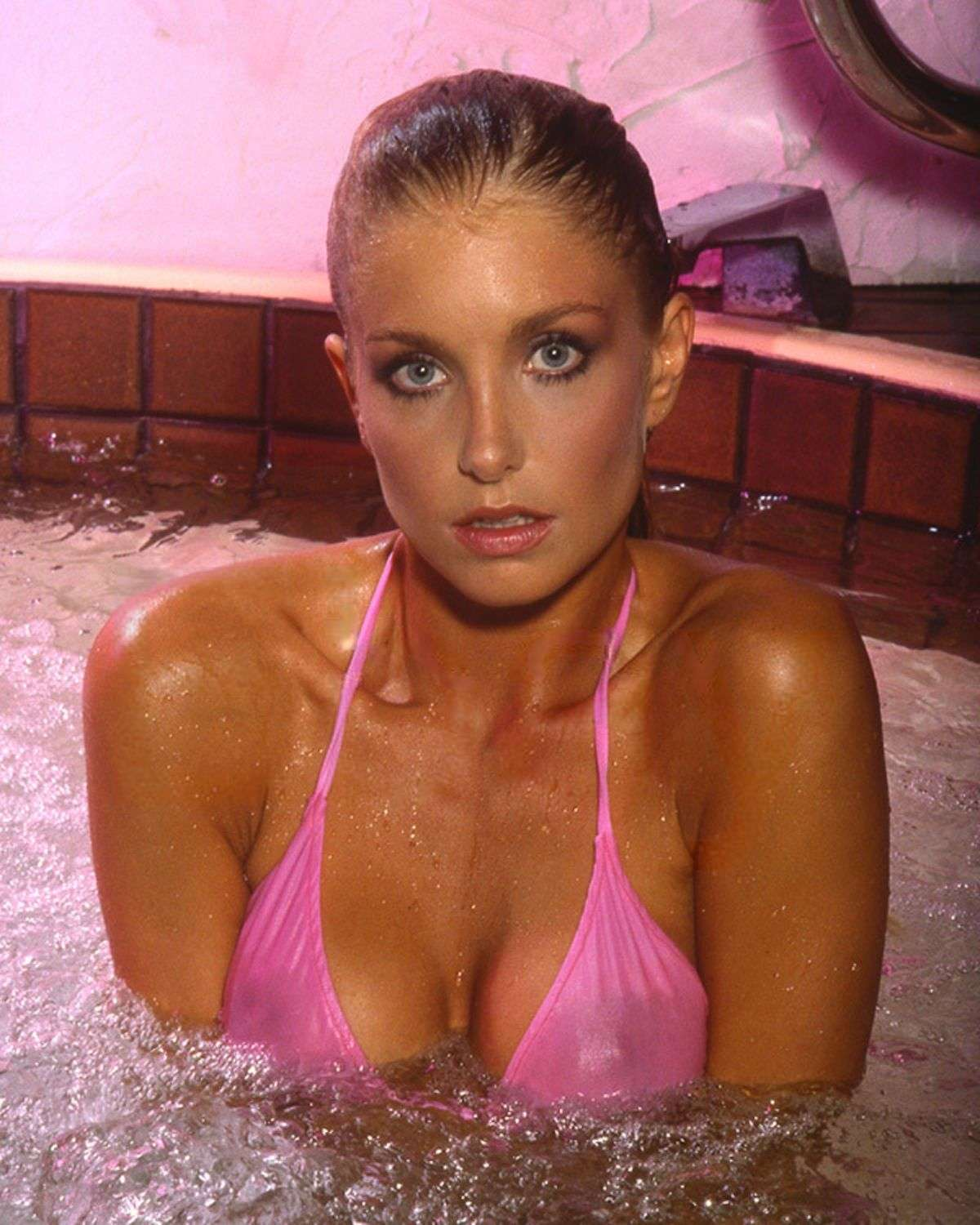 heather thomas cleavage