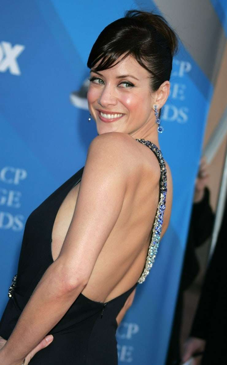 kate walsh sexy back