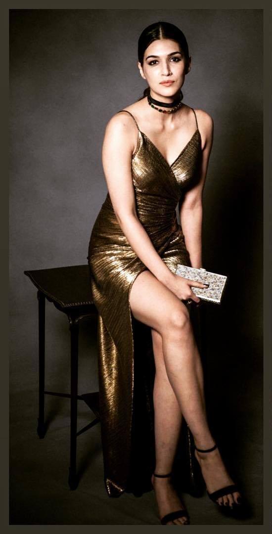 51 Горячие фотографии Крити Саннон, которые наверняка заставят вас вспотеть - GEEKS ON COFFEE