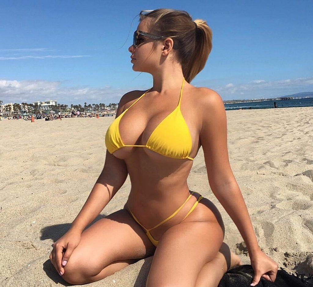 Anastasiya Kvitko bikini pics