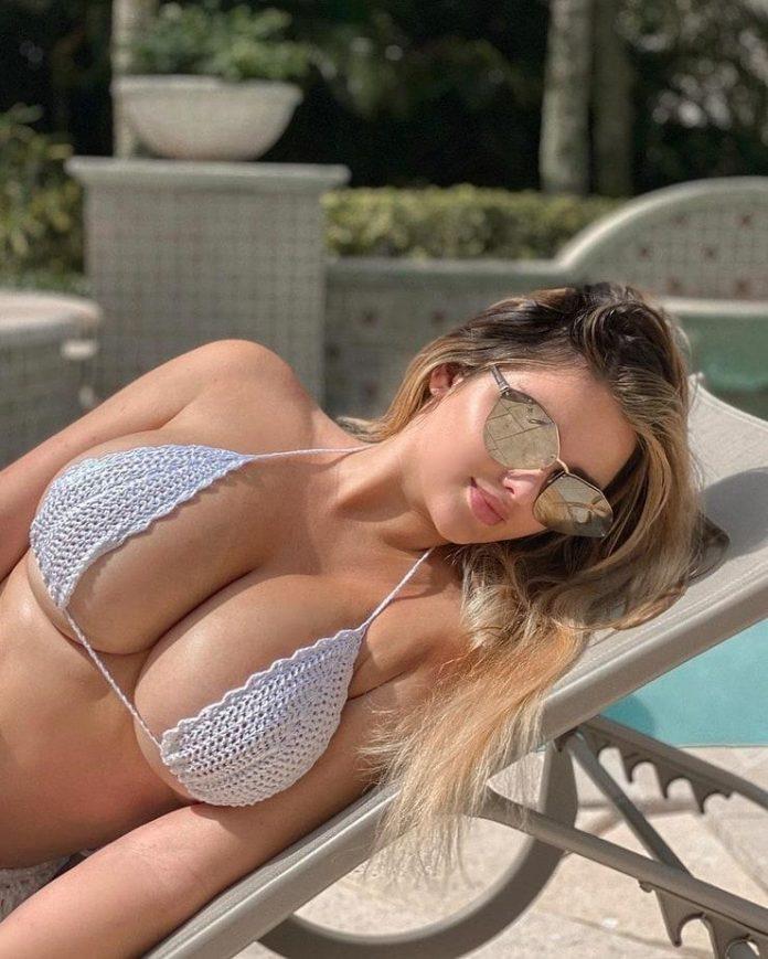 Anastasiya Kvitko sexy boobs