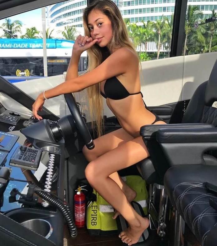 Ivanita Lomeli hot