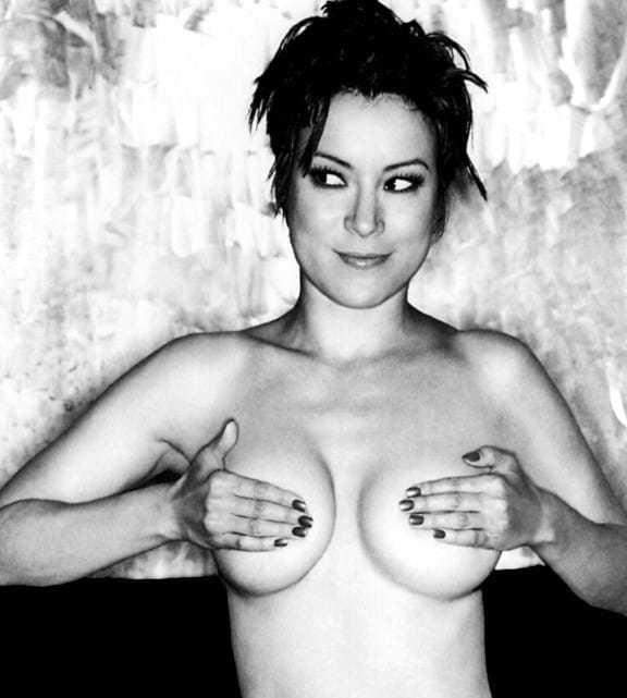 Jennifer Tilly topless