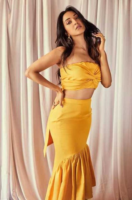 Kiara Advani hot
