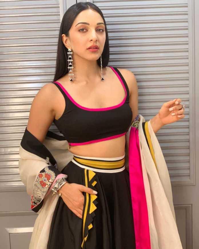 Kiara Advani sexy looks