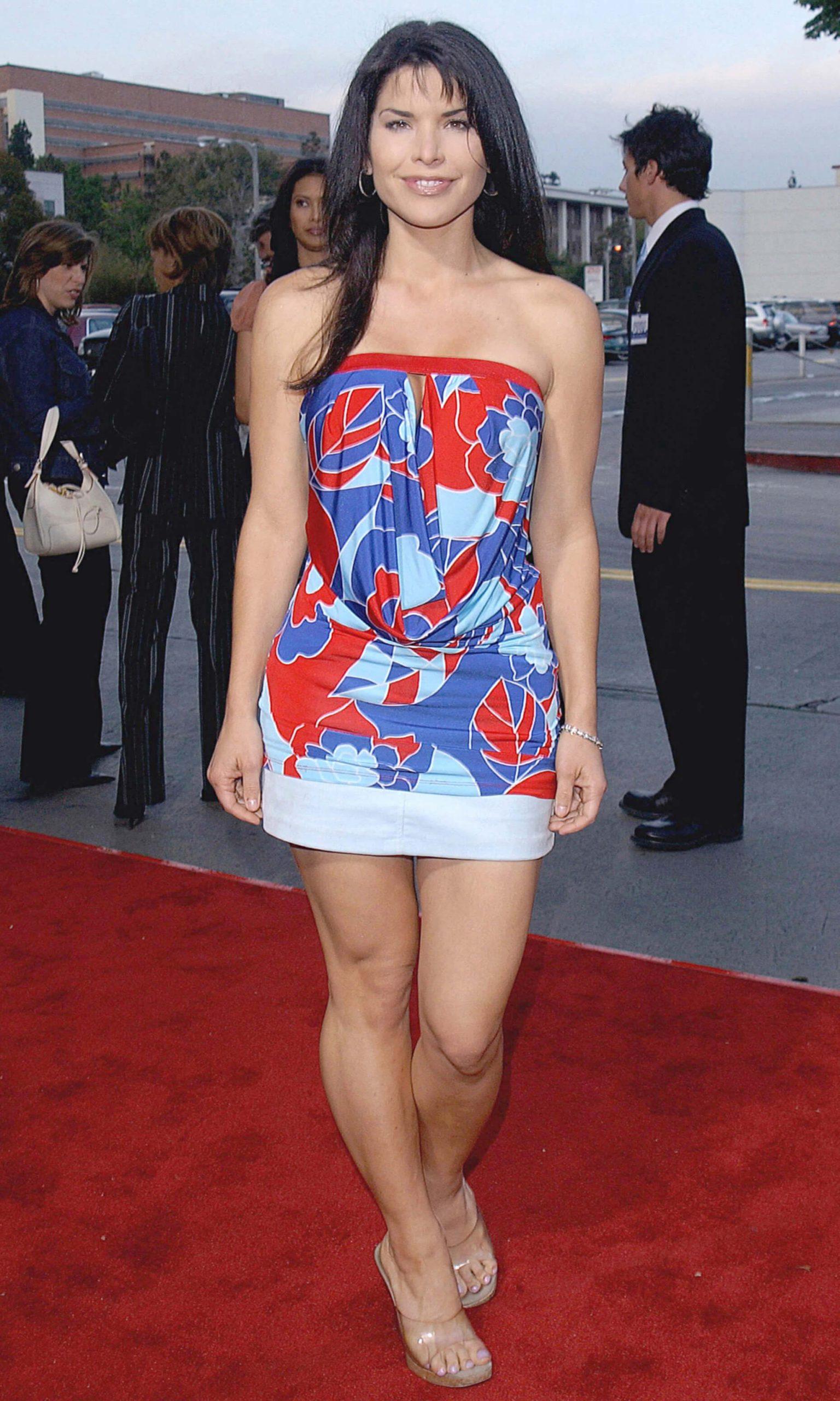 Lauren Sanchez sexy legs