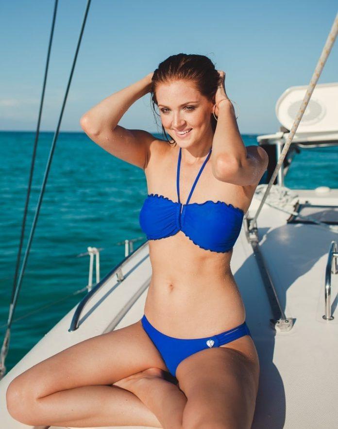 Maggie Geha hot bikini pics