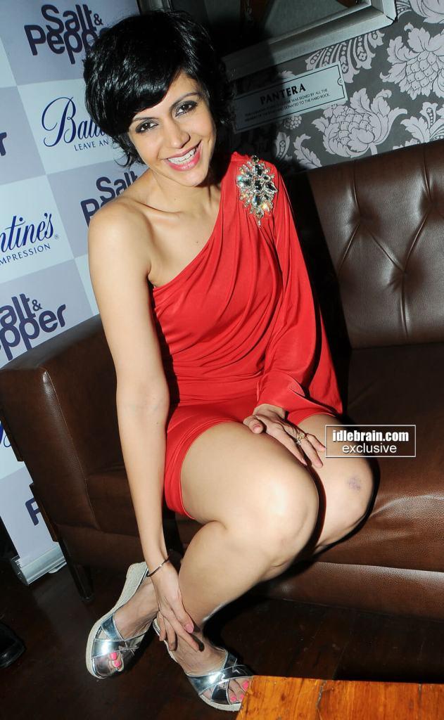 Mandira Bedi sexy legs