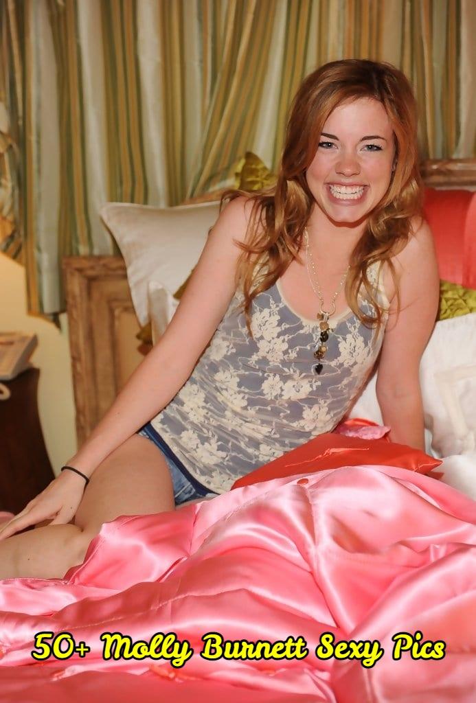Molly Burnett Sexy Pics