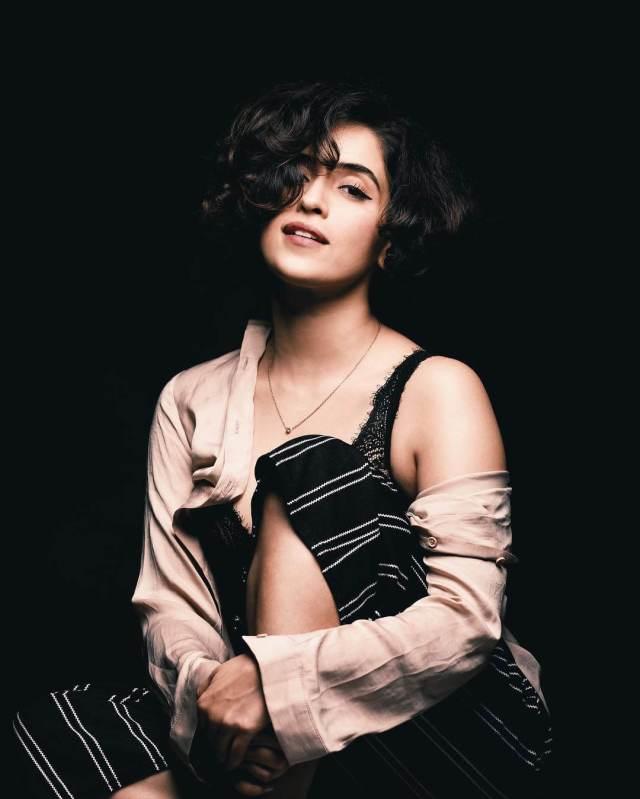 Sanya Malhotra sexy