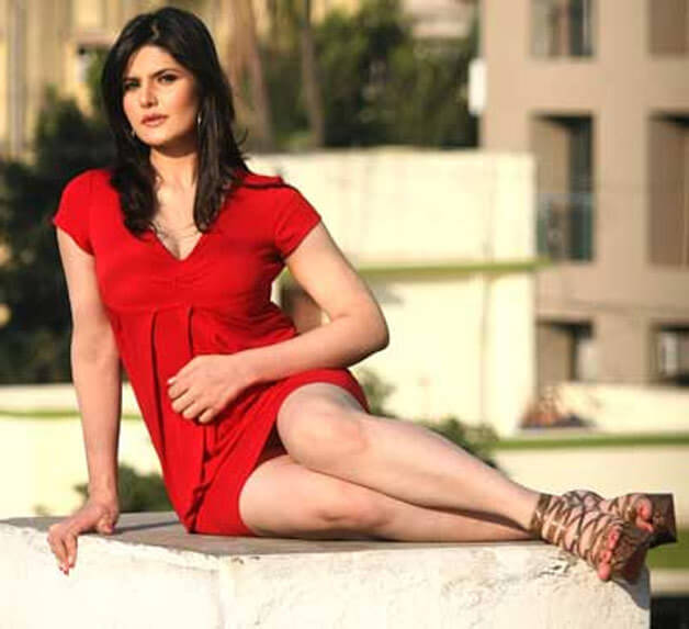 Zareen Khan hot looks