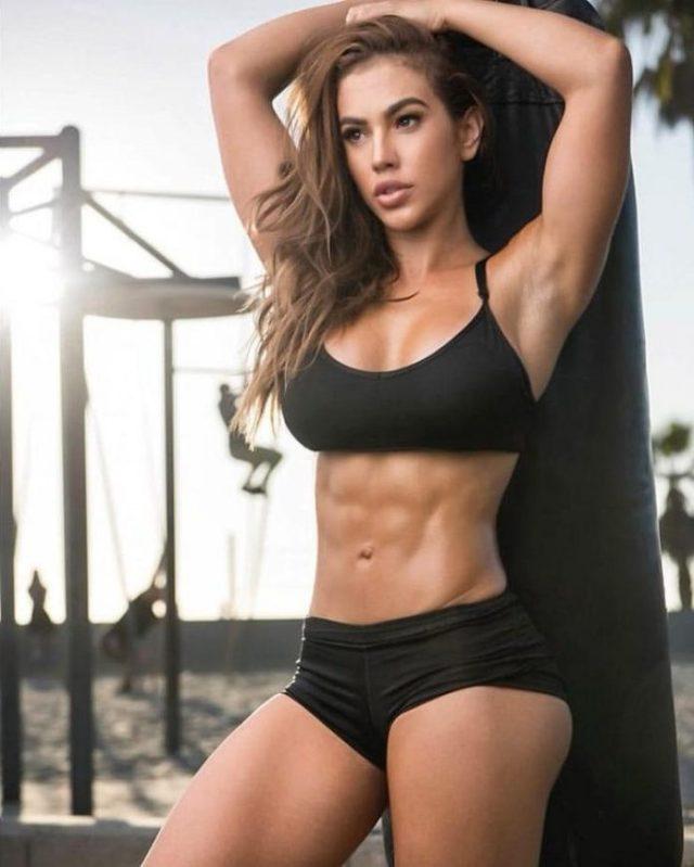 Chrystiane Lopes tits