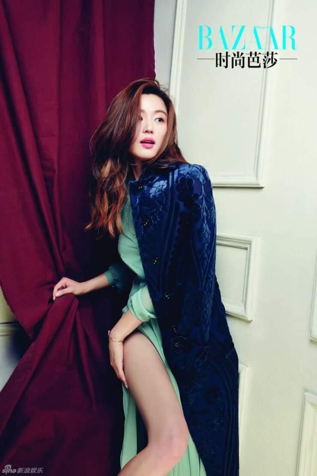 Jun Ji-hyun hot looks
