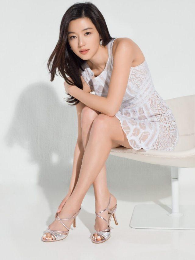 Jun Ji-hyun sexy looks