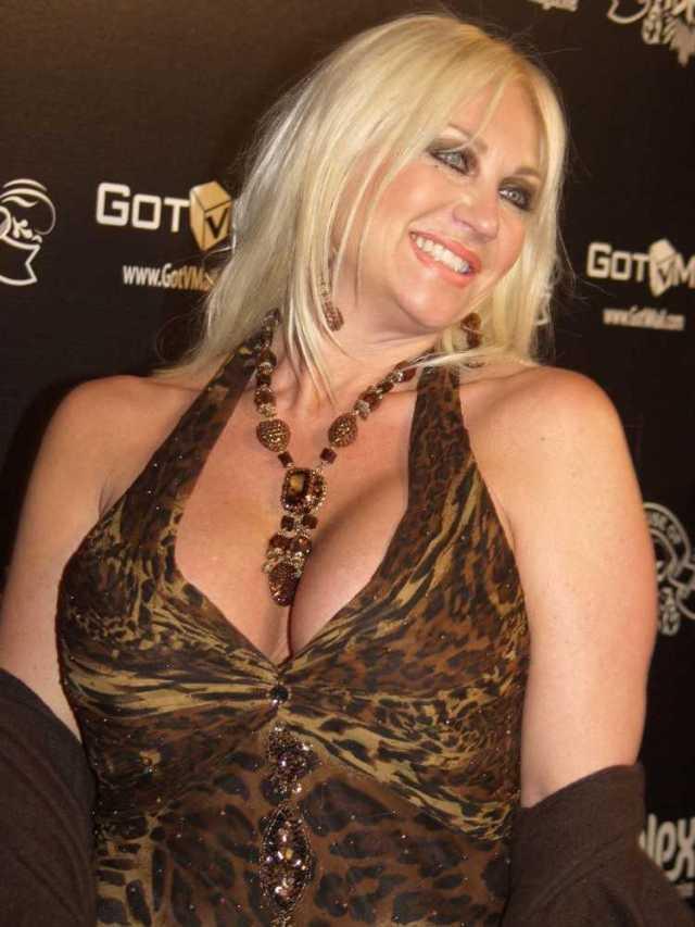 Linda Hogan boobs