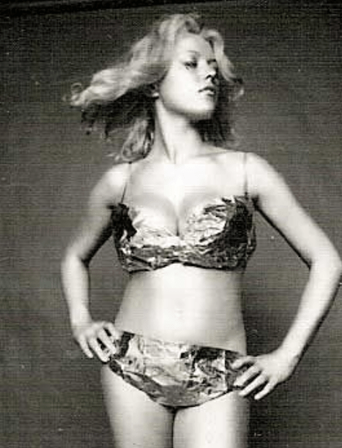 Margaret Nolan bikini pics