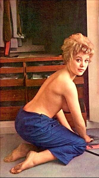 Margaret Nolan topless pics
