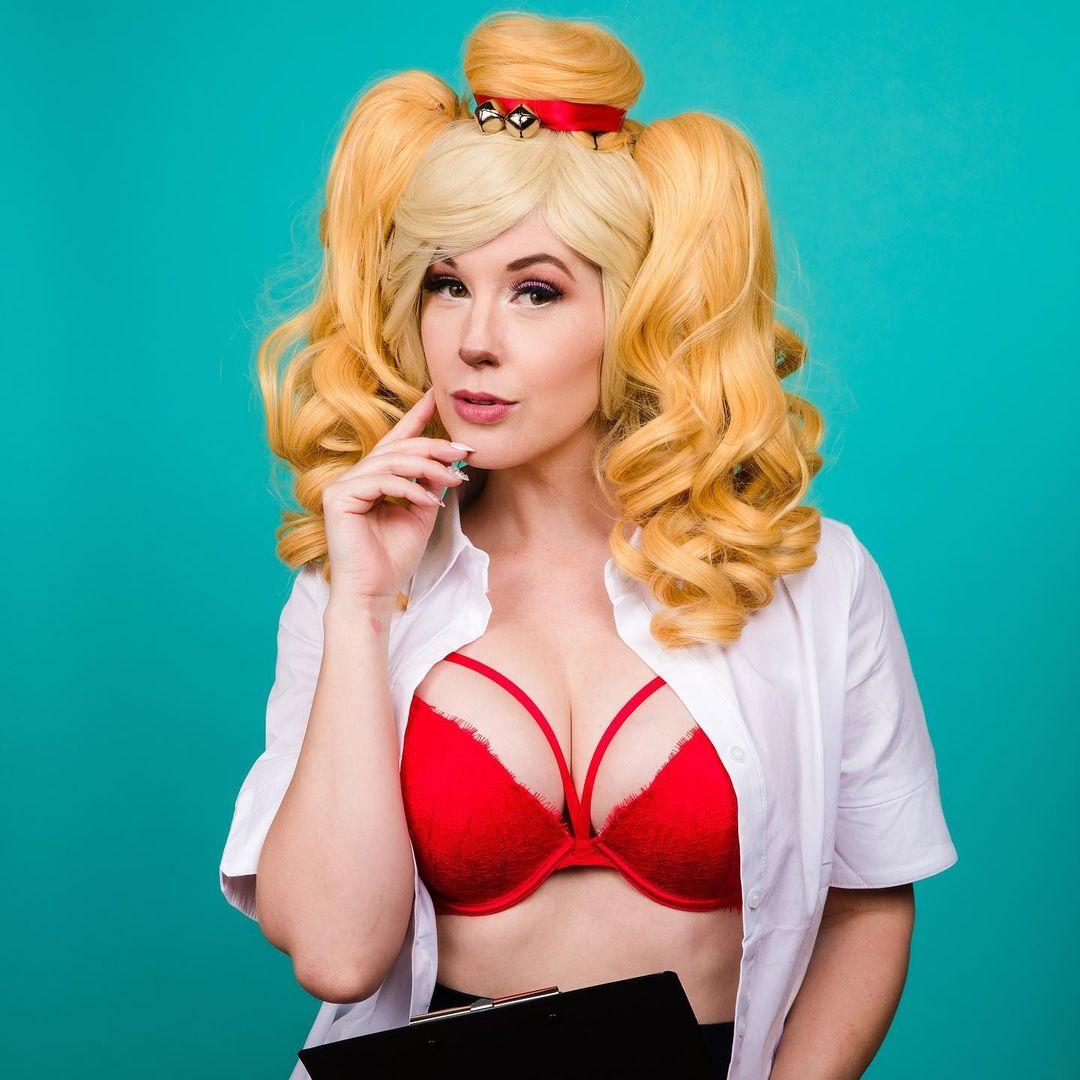 Meg Turney tits