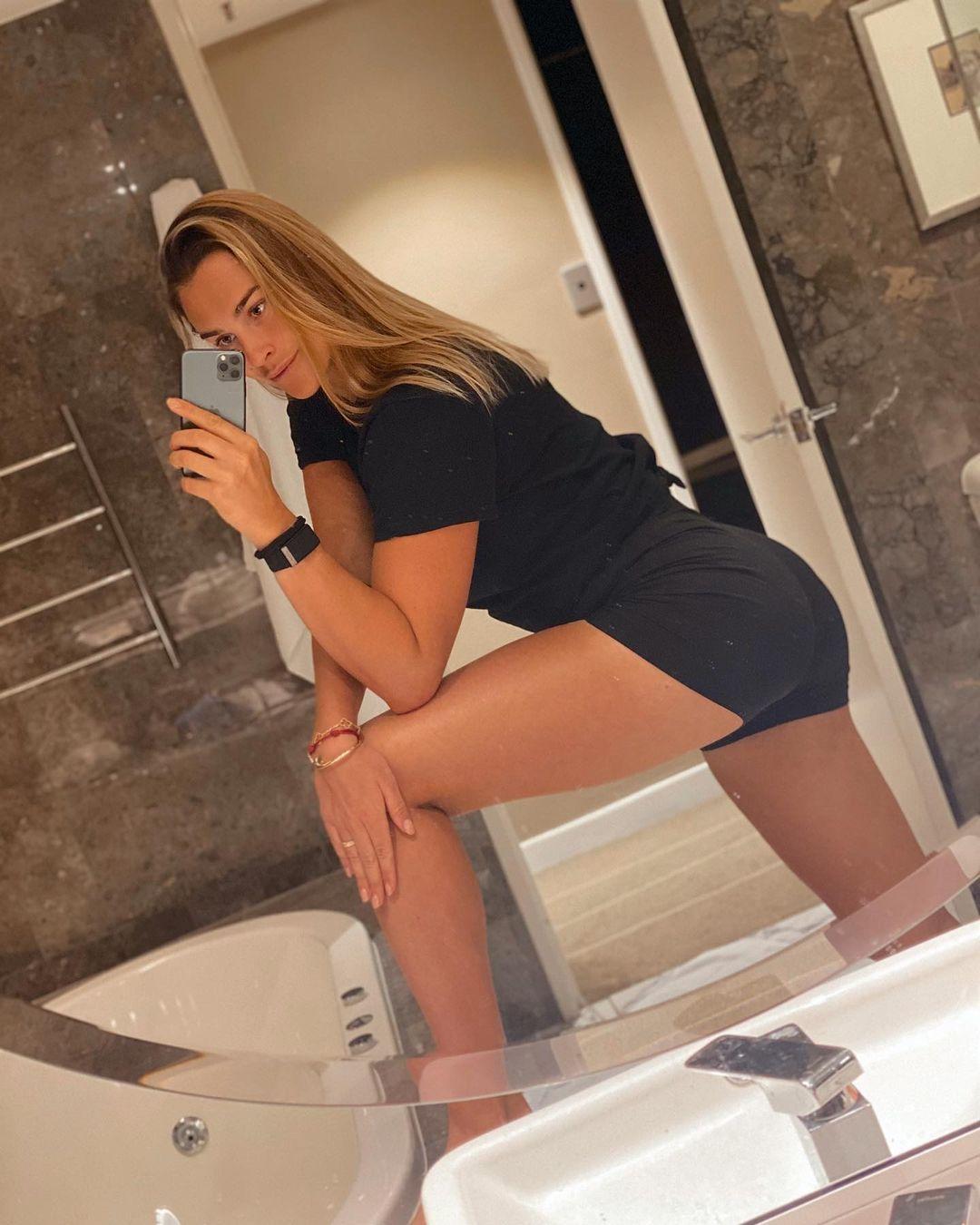 Aryna Sabalenka butt pics