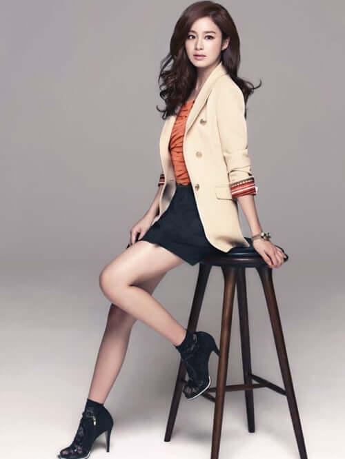 Kim Tae-hee sexy thigh pics