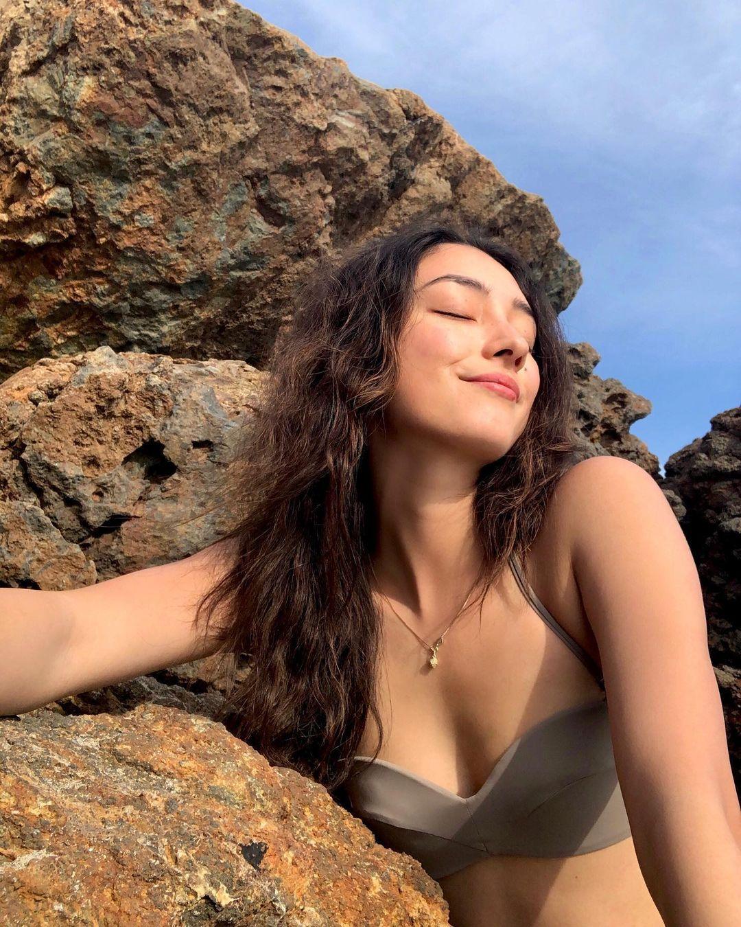 Natasha Liu Bordizzo tits