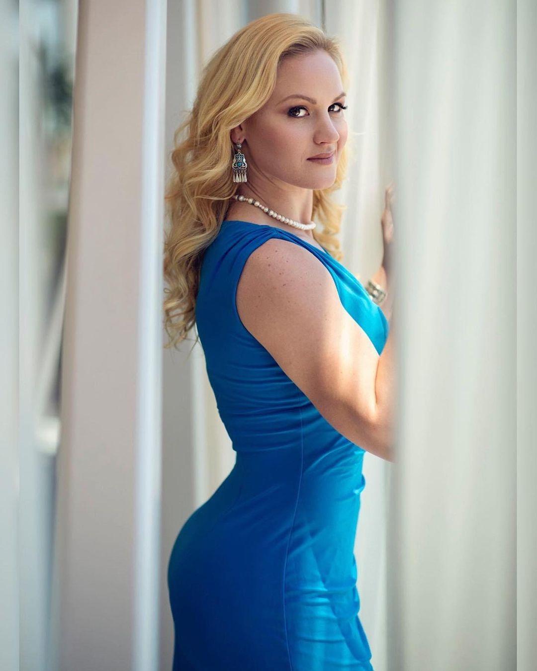 Valentina Shevchenko butt