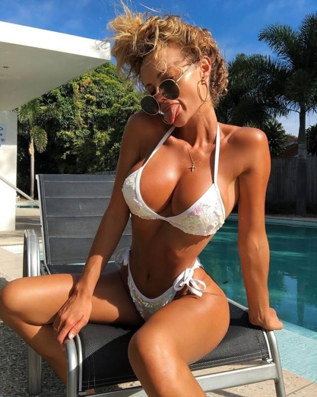 Abby Dowse hot looks