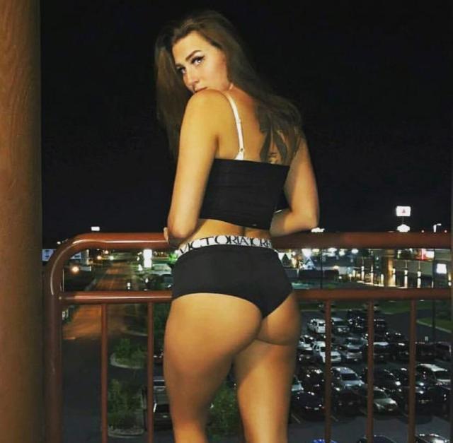 Ashtyn Joslyn booty pics