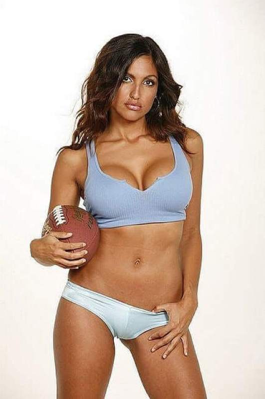 Jessie Camacho hot looks