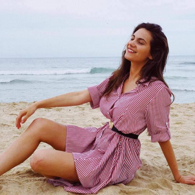 Alexia Raye sexy thigh pics
