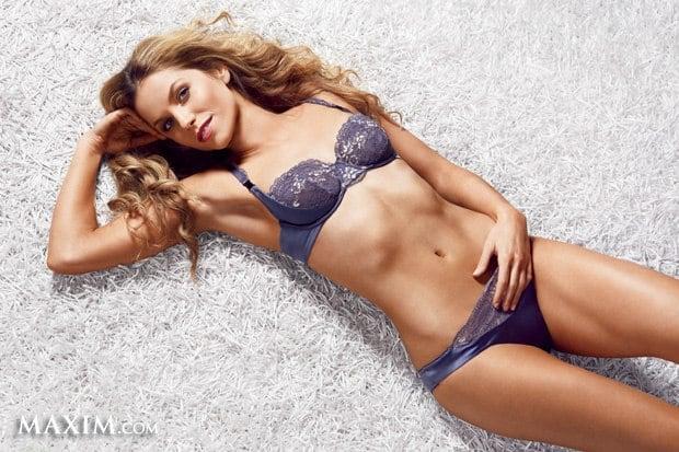 Ellen Hollman hot bikini pics