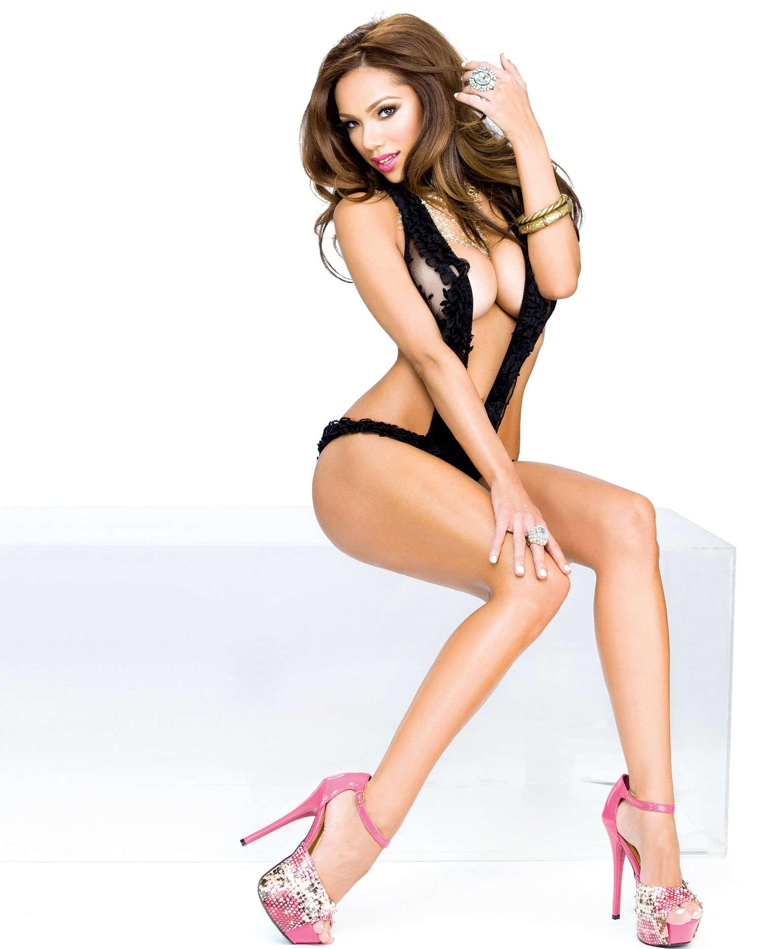 Erica Mena sexy pics